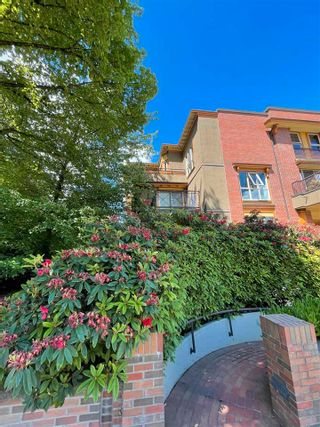 """Photo 15: PH D 2775 FIR Street in Vancouver: Fairview VW Condo for sale in """"STERLING COURT"""" (Vancouver West)  : MLS®# R2592529"""