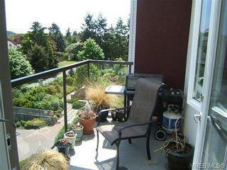 Photo 2: 412 4394 West Saanich Rd in VICTORIA: SW Royal Oak Condo for sale (Saanich West)  : MLS®# 701831