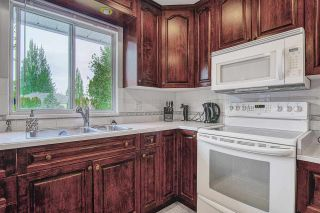 Photo 5: 6297 172A Street in Surrey: Cloverdale BC House for sale (Cloverdale)  : MLS®# R2476641