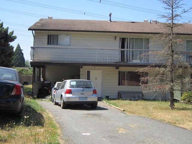 Photo 1: Photos: 6295 SUNDANCE Drive in Surrey: Cloverdale BC 1/2 Duplex for sale (Cloverdale)  : MLS®# R2296791