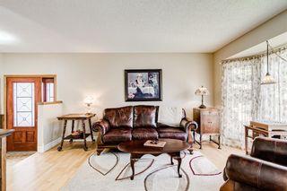 Photo 6: 84 Deerpath Road SE in Calgary: Deer Ridge Detached for sale : MLS®# A1149670