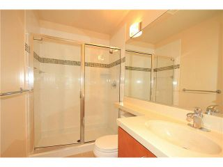 """Photo 8: 308 2655 CRANBERRY Drive in Vancouver: Kitsilano Condo for sale in """"NEW YORKER"""" (Vancouver West)  : MLS®# V1017086"""