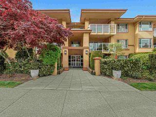 "Photo 2: 113 15155 22 Avenue in Surrey: Sunnyside Park Surrey Condo for sale in ""Villa Pacific"" (South Surrey White Rock)  : MLS®# R2576826"