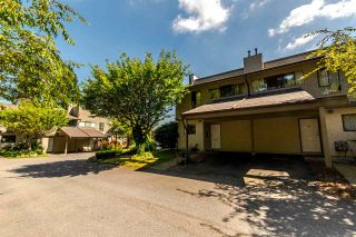 Photo 1: 25 1174 INLET Street in Coquitlam: New Horizons Townhouse for sale : MLS®# R2189009