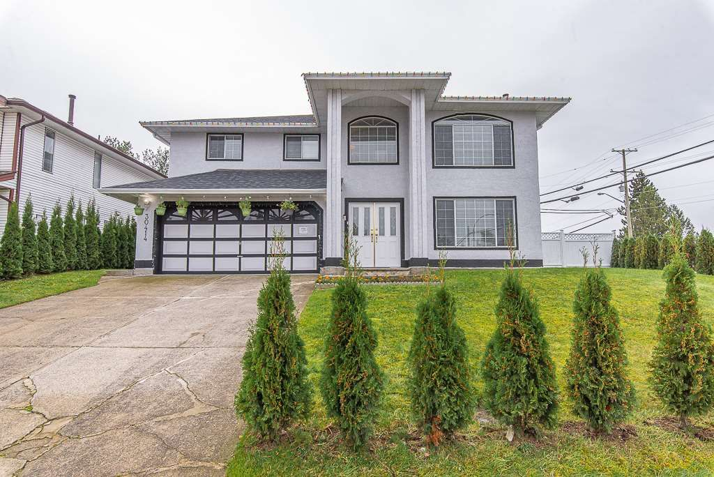 Main Photo: 30414 SANDPIPER Drive in Abbotsford: Abbotsford West House for sale : MLS®# R2534312