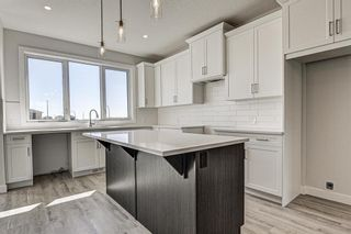 Photo 10: 132 Creekside Drive SW in Calgary: C-168 Semi Detached for sale : MLS®# A1098272