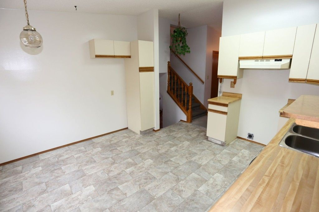Photo 11: Photos: 68 Timberwood Trail in Winnipeg: Riverbend Single Family Detached for sale (4E)  : MLS®# 1725471