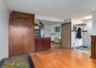 Photo 5: 253 Bedford Circle NE in Calgary: Beddington Heights Semi Detached for sale : MLS®# A1102604