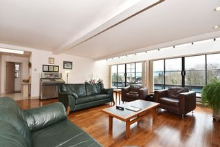 """Photo 1: 305 1220 W 6TH Avenue in Vancouver: Fairview VW Condo for sale in """"ALDER BAY PLACE"""" (Vancouver West)  : MLS®# R2147326"""