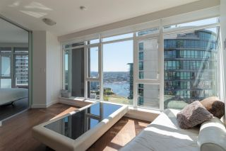 """Photo 4: 3107 1372 SEYMOUR Street in Vancouver: Downtown VW Condo for sale in """"THE MARK"""" (Vancouver West)  : MLS®# R2481345"""
