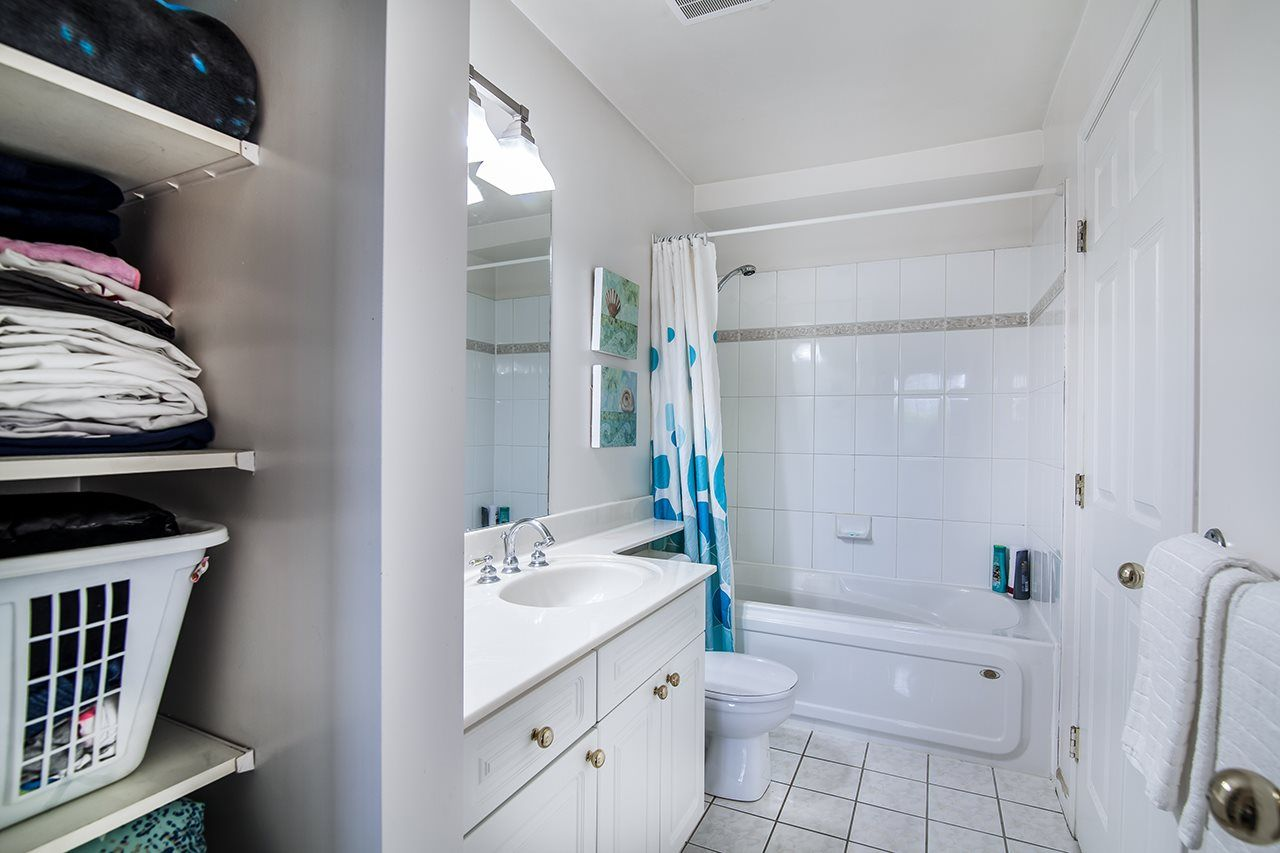 """Photo 15: Photos: 409 929 W 16TH Avenue in Vancouver: Fairview VW Condo for sale in """"OAKVIEW GARDENS"""" (Vancouver West)  : MLS®# R2189624"""