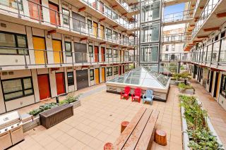 Photo 1: 204 138 E HASTINGS Street in Vancouver: Downtown VE Condo for sale (Vancouver East)  : MLS®# R2542190
