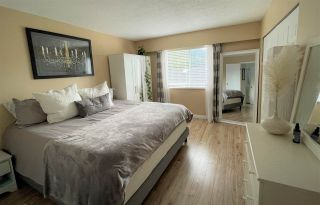 Photo 9: 5212 RADCLIFFE ROAD in Sechelt: Sechelt District House for sale (Sunshine Coast)  : MLS®# R2556094