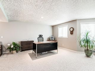 Photo 38: 54 Signature Close SW in Calgary: Signal Hill Detached for sale : MLS®# A1138139