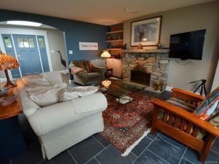 Photo 7: 6425 W Island Hwy in BOWSER: PQ Bowser/Deep Bay House for sale (Parksville/Qualicum)  : MLS®# 778766