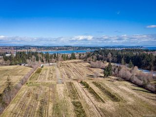 Photo 3: 3125 Piercy Ave in : CV Courtenay City Land for sale (Comox Valley)  : MLS®# 866873