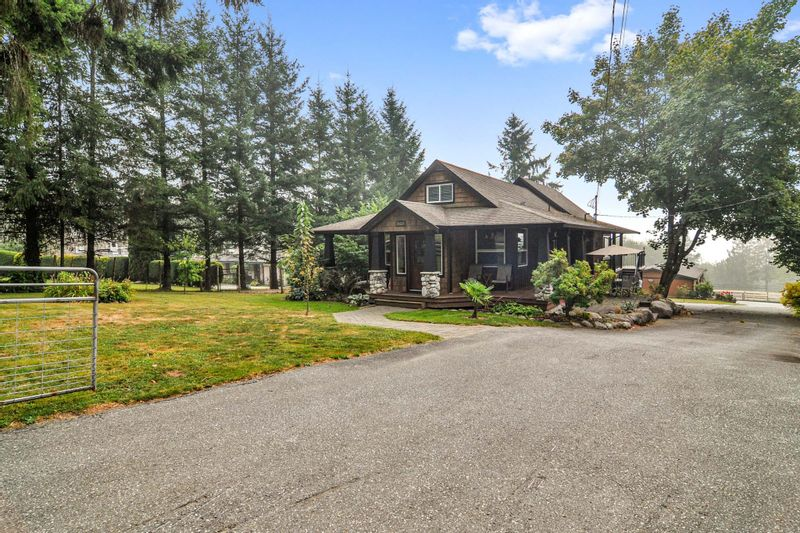FEATURED LISTING: 26524 100 Avenue Maple Ridge