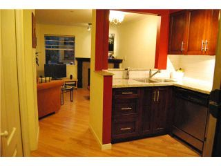 """Photo 3: 103 1959 W 2ND Avenue in Vancouver: Kitsilano Condo for sale in """"CARMEL PLACE"""" (Vancouver West)  : MLS®# V887006"""