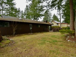 Photo 7: 8818 HENDERSON Avenue in BLACK CREEK: CV Merville Black Creek House for sale (Comox Valley)  : MLS®# 808450