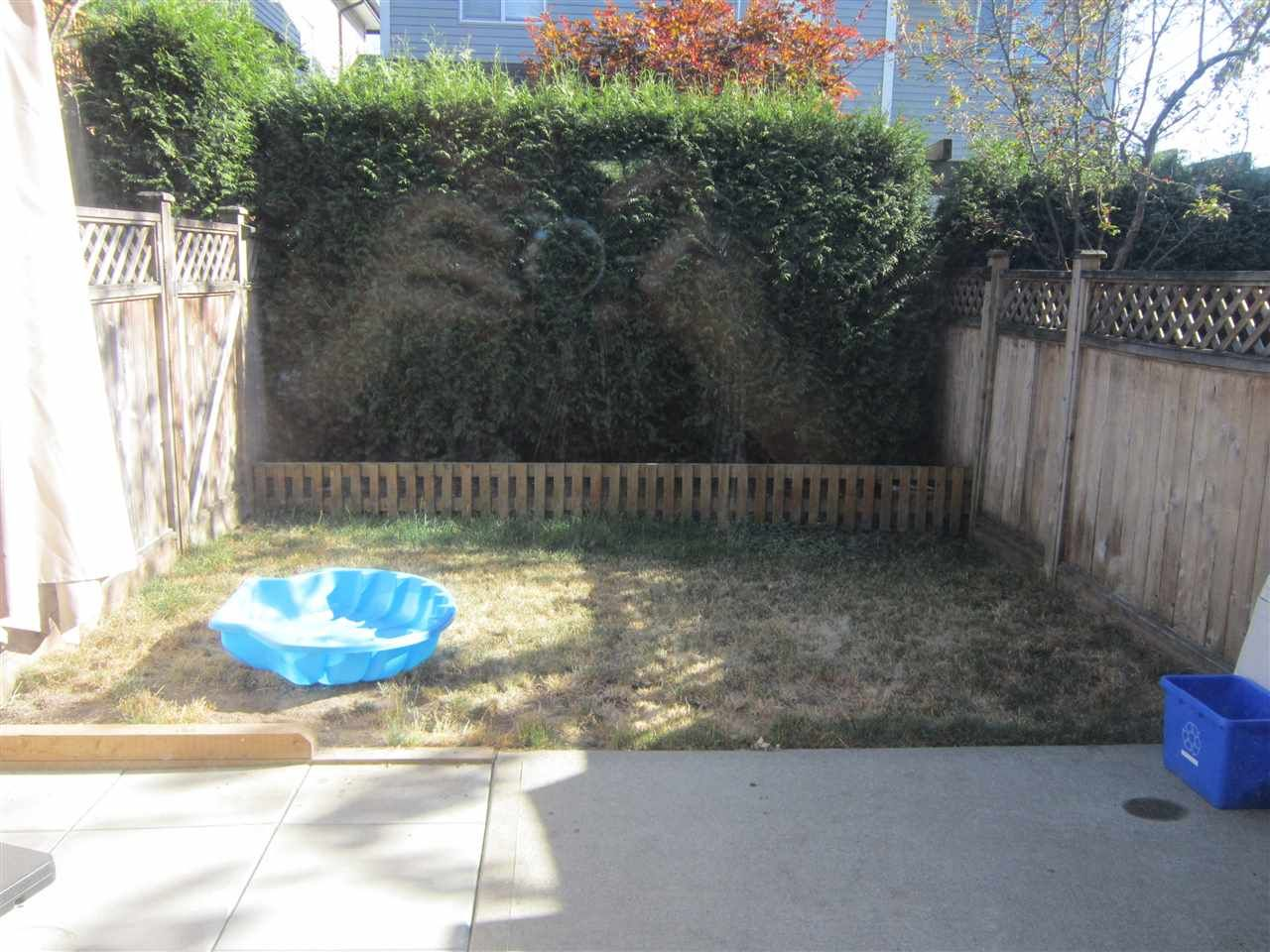 """Photo 6: Photos: 89 18199 70 Avenue in Surrey: Cloverdale BC Townhouse for sale in """"AUGUSTA"""" (Cloverdale)  : MLS®# R2296651"""
