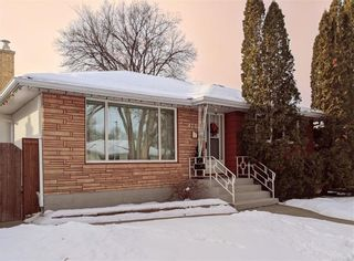 Photo 2: 470 Roberta Avenue in Winnipeg: Residential for sale (3D)  : MLS®# 202100808