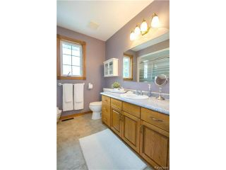 Photo 16: 3930 MOWAT Road: East St Paul Residential for sale (3P)  : MLS®# 1701039