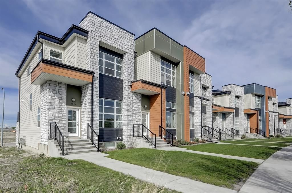 Main Photo: 1804 1530 Bayside Avenue SW: Airdrie Row/Townhouse for sale : MLS®# A1113067