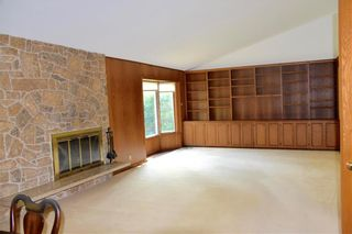 Photo 3: 874 Crescent Drive in Winnipeg: East Fort Garry Residential for sale (1J)  : MLS®# 202118522