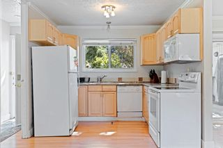 """Photo 9: 20572 43 Avenue in Langley: Brookswood Langley House for sale in """"BROOKSWOOD"""" : MLS®# R2624418"""