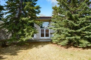 Photo 2: 1343 University Drive NW in Calgary: St Andrews Heights Detached for sale : MLS®# A1103099