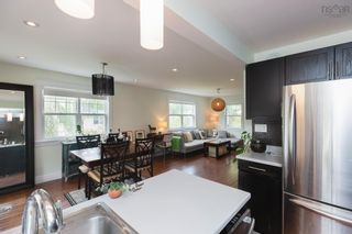 Photo 9: 22 Brookside Avenue in Dartmouth: 10-Dartmouth Downtown To Burnside Residential for sale (Halifax-Dartmouth)  : MLS®# 202121405