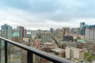 """Photo 2: 2606 108 W CORDOVA Street in Vancouver: Downtown VW Condo for sale in """"WOODWARDS"""" (Vancouver West)  : MLS®# R2237900"""