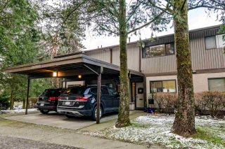 """Photo 2: 1069 LILLOOET Road in North Vancouver: Lynnmour Townhouse for sale in """"Lynnmour West"""" : MLS®# R2338577"""