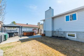 Photo 2: 9348 180A Avenue NW in Edmonton: Zone 28 House for sale : MLS®# E4240448
