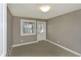Photo 16: 3 2319 Chilco Rd in VICTORIA: VR Six Mile Row/Townhouse for sale (View Royal)  : MLS®# 728058