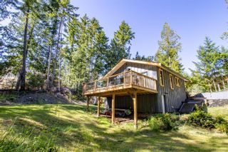 Photo 1: 3617 Jolly Roger Cres in : GI Pender Island House for sale (Gulf Islands)  : MLS®# 878480