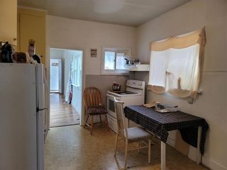 Photo 3: 510 Young Street in Winnipeg: West End Residential for sale (5A)  : MLS®# 202107725