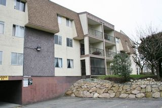 "Photo 5: 102 2821 TIMS Street in Abbotsford: Abbotsford West Condo for sale in ""Parkview Place"" : MLS®# R2147601"