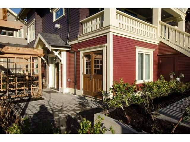 FEATURED LISTING: 2437 5TH Avenue West Vancouver