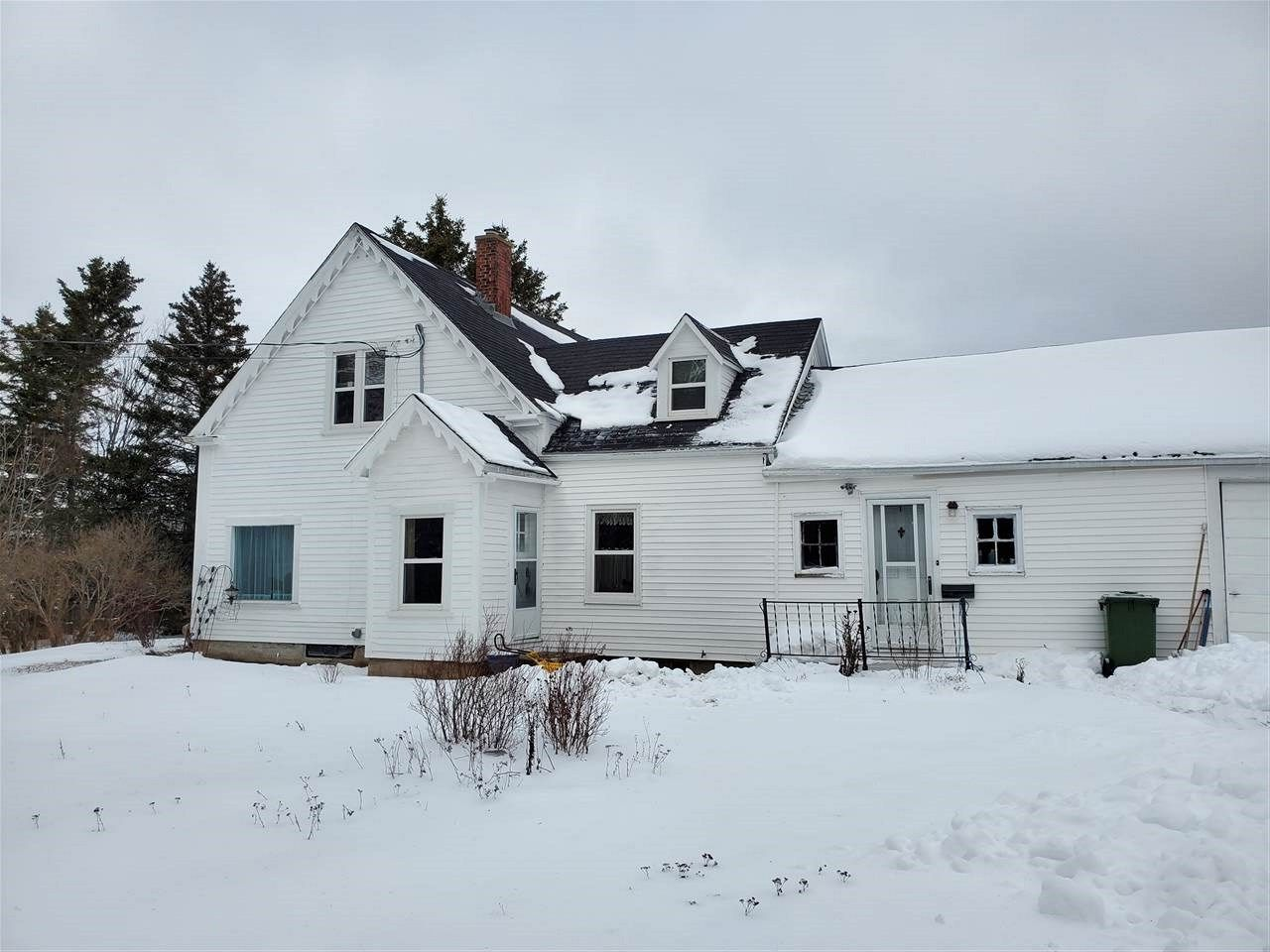 Main Photo: 1486 Fort Lawrence Road in Fort Lawrence: 101-Amherst,Brookdale,Warren Residential for sale (Northern Region)  : MLS®# 202100277
