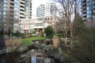 """Photo 17: 162 W 1ST Street in North Vancouver: Lower Lonsdale Townhouse for sale in """"ONE PARK LANE"""" : MLS®# R2024415"""