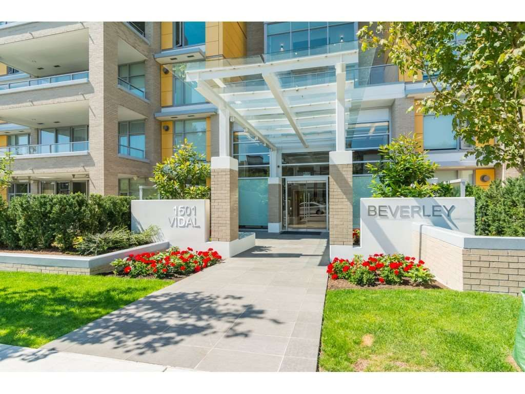 """Main Photo: 403 1501 VIDAL Street: White Rock Condo for sale in """"THE BEVERLY"""" (South Surrey White Rock)  : MLS®# R2372385"""