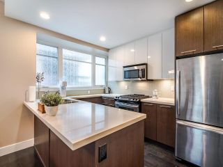 Photo 4: 462 E 5TH Avenue in Vancouver: Mount Pleasant VE Townhouse for sale (Vancouver East)  : MLS®# R2544959