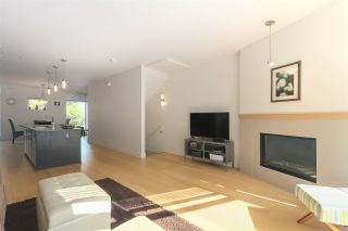 """Photo 5: 2917 WALL Street in Vancouver: Hastings Townhouse for sale in """"Avant"""" (Vancouver East)  : MLS®# R2395706"""