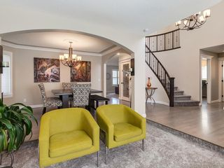 Photo 5: 123 SIGNATURE Terrace SW in Calgary: Signal Hill Detached for sale : MLS®# C4303183