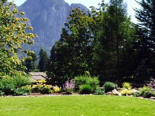 """Photo 17: 38507 SKY PILOT Drive in Squamish: Plateau House for sale in """"Crumpit Woods"""" : MLS®# R2048209"""