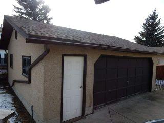 Photo 10: 9918 173 AV NW: Edmonton House for sale : MLS®# E4056038