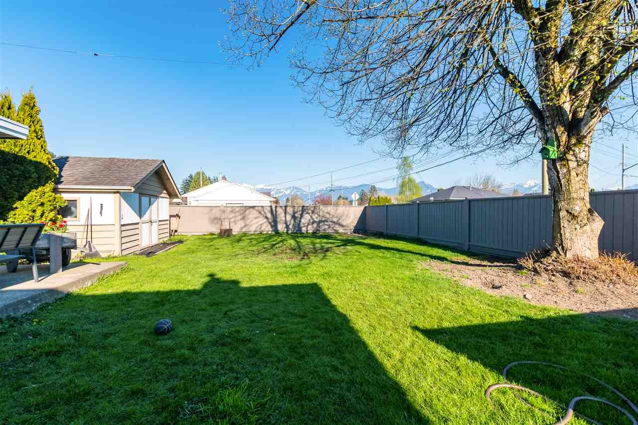 Main Photo: 9802 BARBER Drive in Chilliwack: Chilliwack N Yale-Well House for sale : MLS®# R2566722
