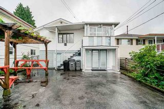 Photo 2: 6777 KERR Street in Vancouver: Killarney VE House for sale (Vancouver East)  : MLS®# R2581770