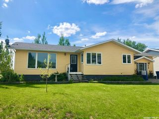 Photo 2: 439 4th Street West in Carrot River: Residential for sale : MLS®# SK841483